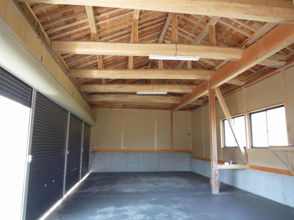 木造車庫 4台用